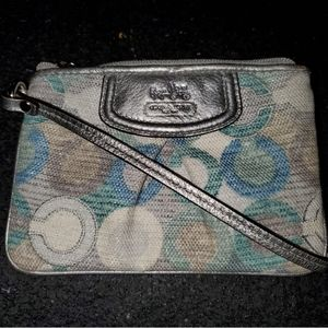 Coach Madison Graphic Op Art metallic wristlet